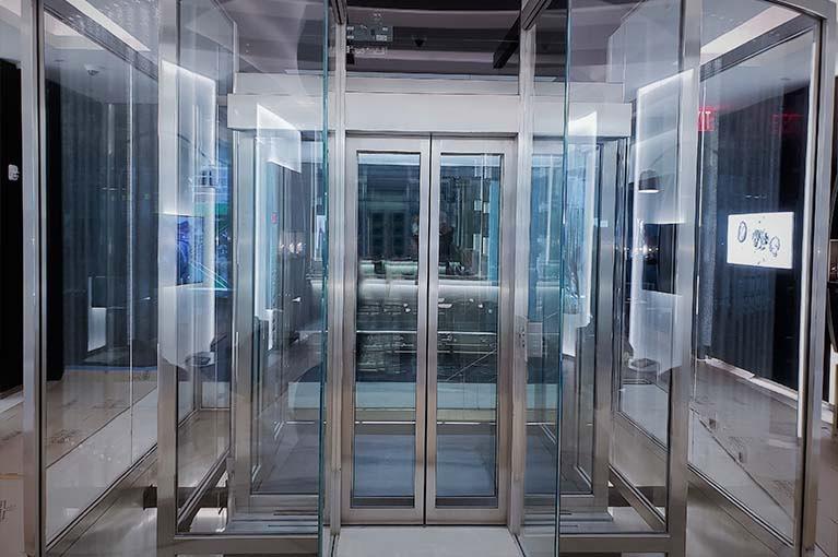 Commercial elevator manufacturer