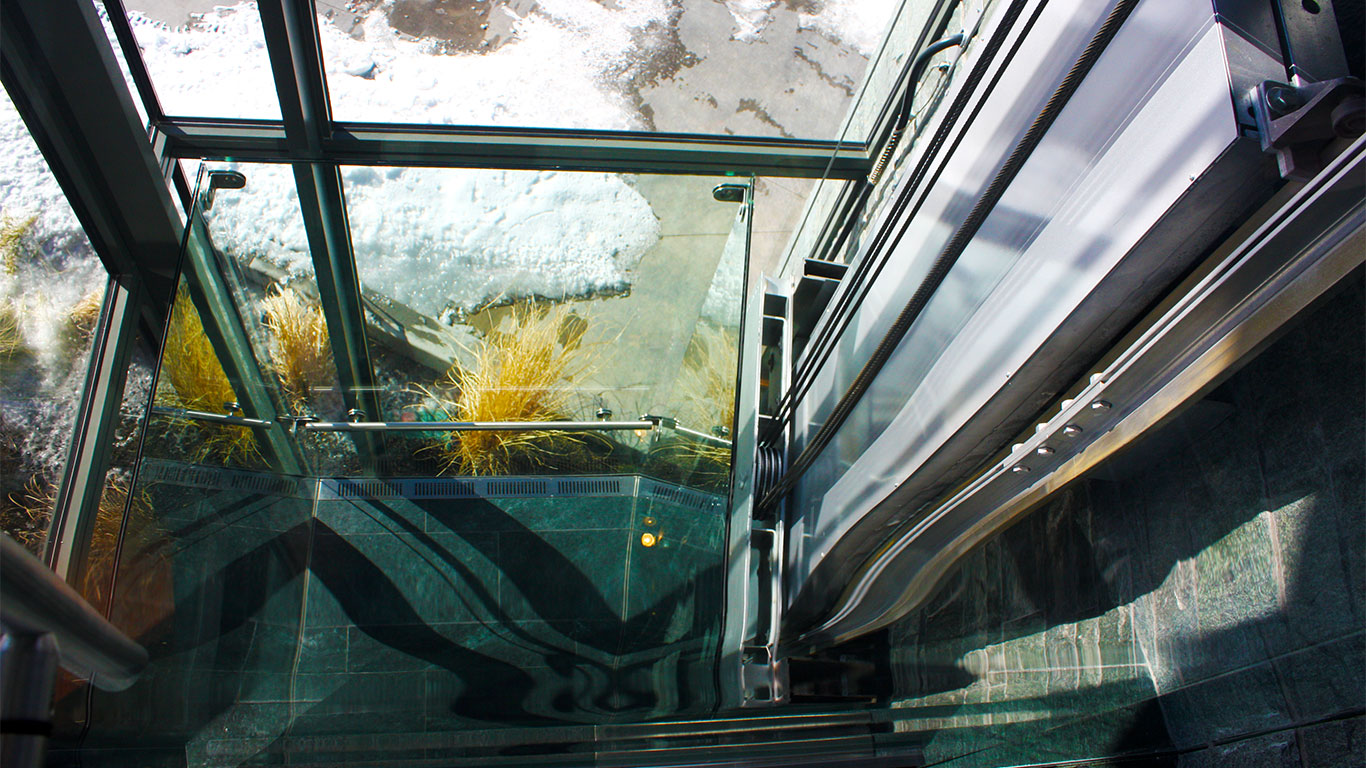 Glass MRL lift